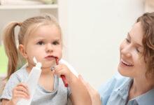 Photo of Kako otroka navaditi na redno umivanje zob?